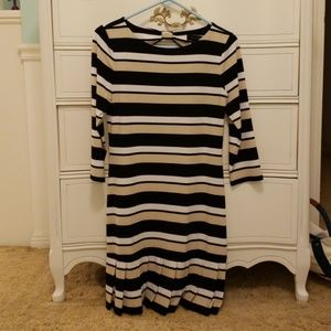 White House Black Market Shift Dress (S)